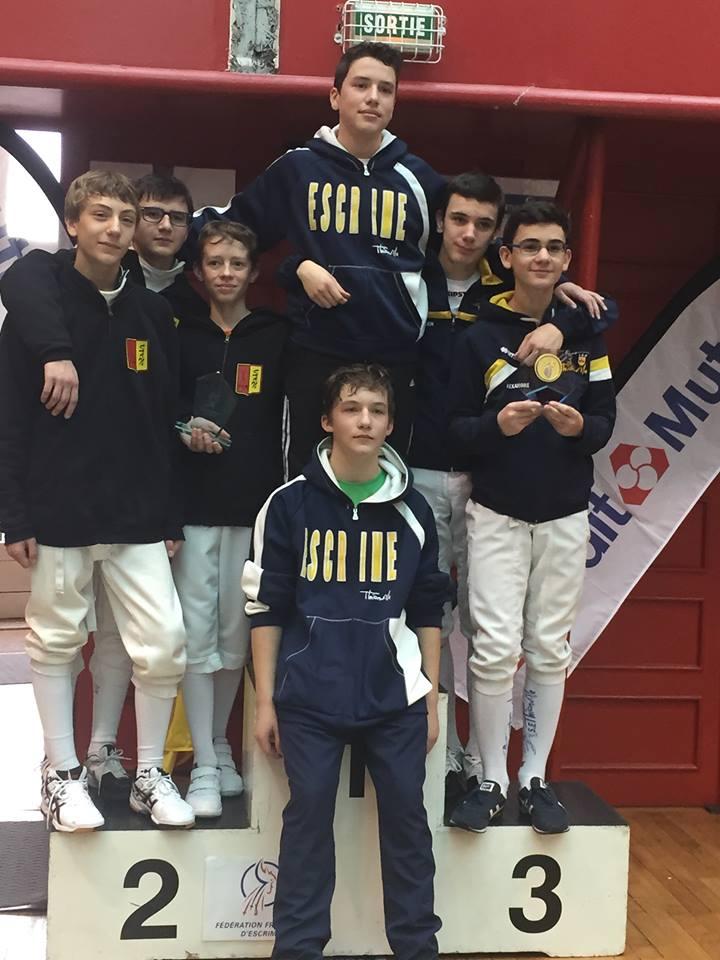 Le podium équipe - cadets